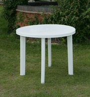 Round white garden table plastic 900mm in good condition